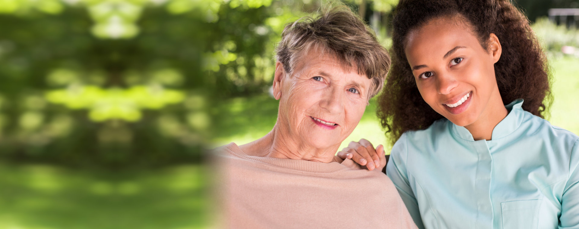 Picture presenting friendship between retiree and nurse